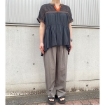 【MICA&DEAL】straight tuck pants